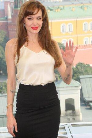 Анджелина Джоли рассказала, как изменил ее развод с Брэдом Питтом