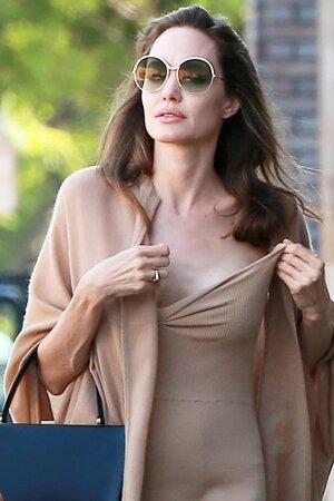 Анджелина Джоли вскоре лишится самого близкого члена своей семьи