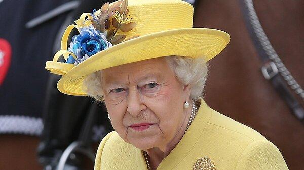 Принц Эндрю вывел из себя королеву Елизавету