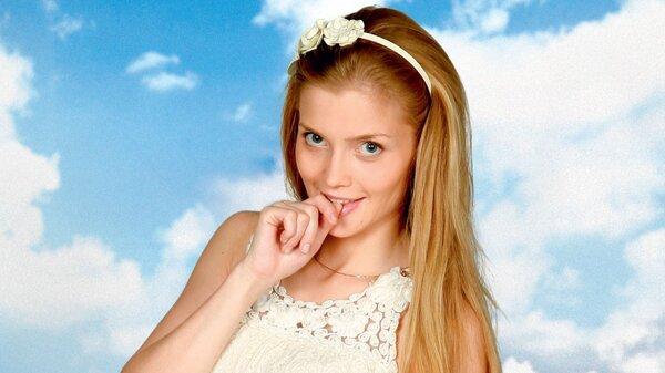 Алина Ланина призналась, что ни разу не красила и не стригла волосы