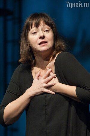 «Столько в милиции никогда не была»: экс-жена Ефремова рассказала о безумном браке с актером