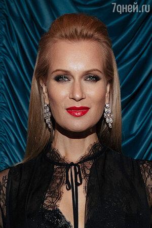 «Не для слабонервных»: Олеся Судзиловская без макияжа поразила поклонников