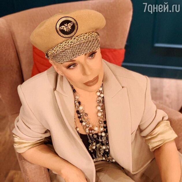 «Доплатить 240 тысяч рублей»: Ирина Понаровская добилась повышения пенсии