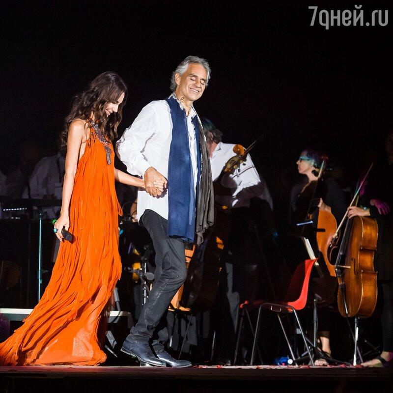 Дуэт Зары иАндреа Бочелли прозвучал в«Театре Тишины»