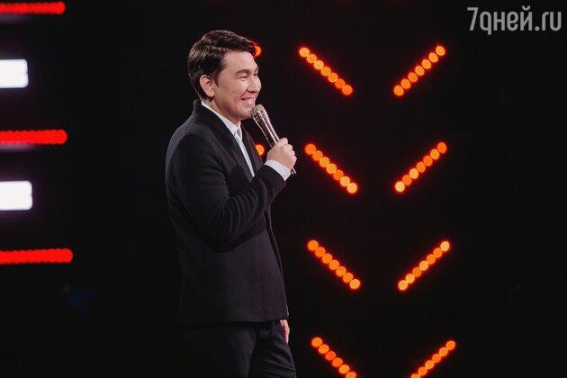 Азамат Мусагалиев запускает новое шоу про интуицию