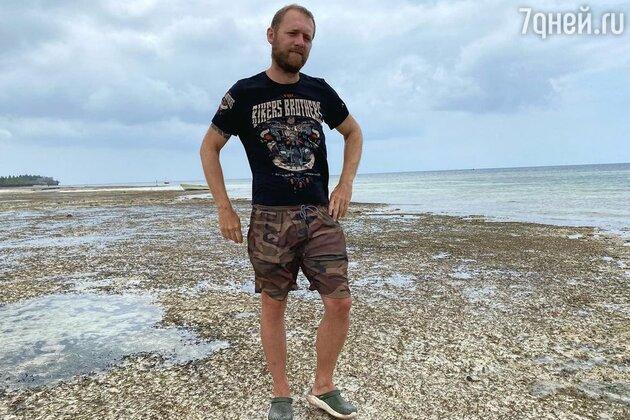 Экстремально похудевший Денис Шведов напугал поклонников: что случилось?