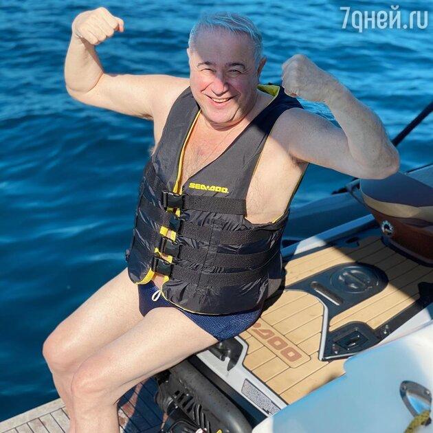 Интимное фото Петросяна без штанов вызвало ажиотаж в Сети