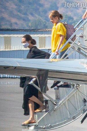Тает на глазах: худоба Анджелины Джоли стала критической