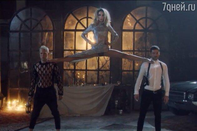 Волочкова, Тодоренко, Утяшева и ещё три звезды, показавшие невероятную растяжку