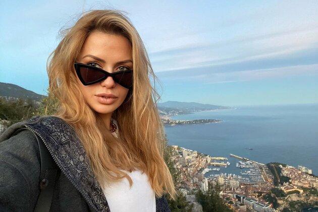 «Это был контракт»: Виктория Боня раскрыла подноготную отношений Ирины Шейк с мировой звездой