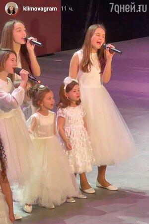 «Вся в маму!» 5-летняя дочь Екатерины Климовой дебютировала на большой сцене
