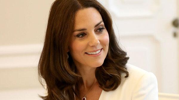 СЕНСАЦ�Я! Герцогиня Кэтрин готовится к рождению третьего ребенка