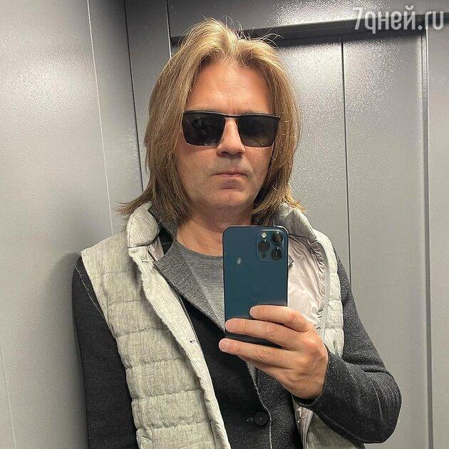 «Овал поплыл, волосы поредели»: внешний вид Маликова вызвал споры в Сети