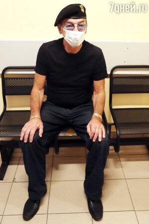 71-летний Михаил Боярский попал в больницу с неизвестным диагнозом