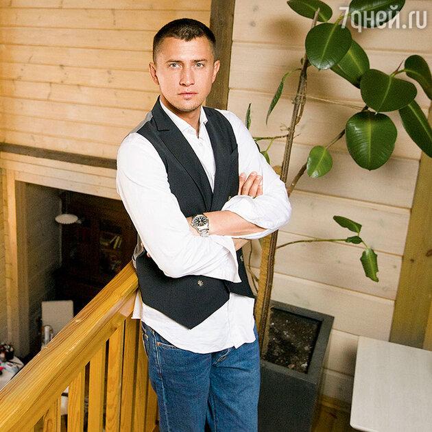 Павел Прилучный был вынужден сесть на жесткую диету