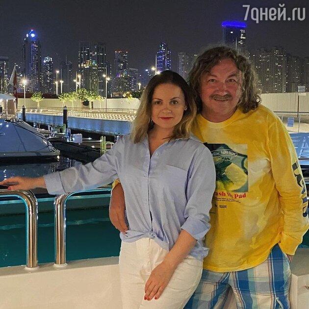 «Шикарно смотрится»: элегантная Проскурякова поразила снимками с яхты