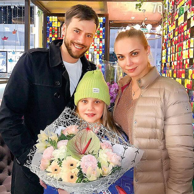 Первое фото сына: Татьяна Арнтгольц и Марк Богатырев стали родителями