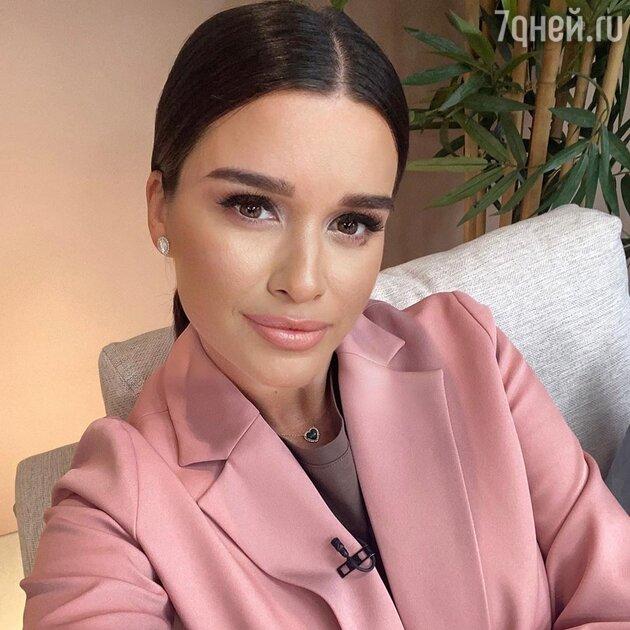 «Муж ушел — виновата сама»: Бородина угодила в скандал