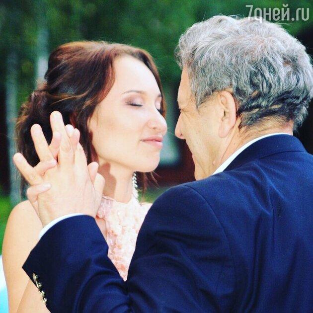 «Буду всегда рядом!» Вдова Грачевского показала фото с тайной свадьбы