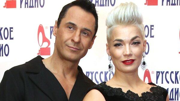 Стас Костюшкин с женой отметили годовщину свадьбы не вместе
