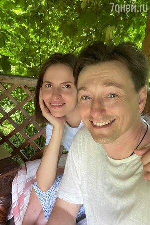 Как солить огурцы: Сергей Безруков поделился бабушкиным рецептом