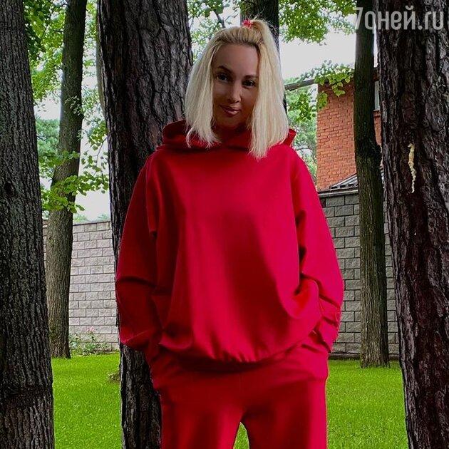 Лера Кудрявцева попала в скандальный список знаменитостей