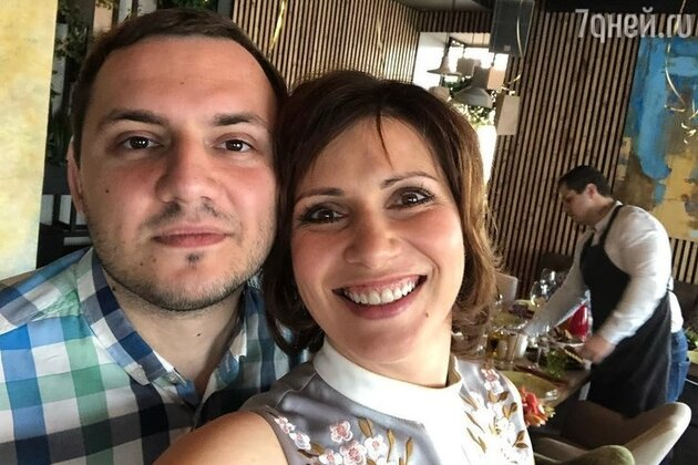 «Нашел помоложе»: муж променял Светлану Зейналову на 30-летнюю любовницу