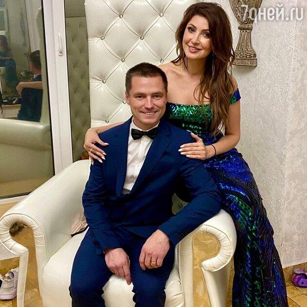 «Дрянь бесплодная»: бывшая супруга жениха Макеевой задела её за больное