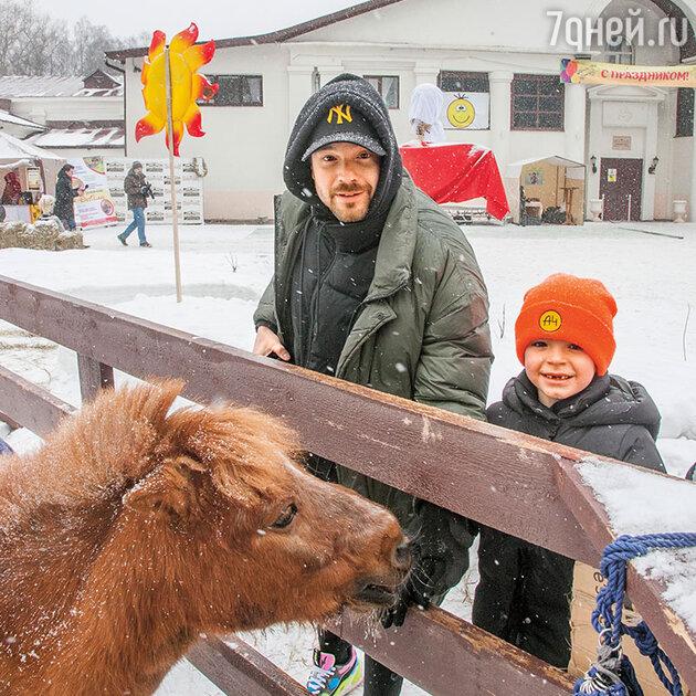 Алексей Чадов устроил для сына праздник