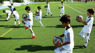 Футбольный лагерь Реал Мадрид Фонд в России: сын будет играть, как Роналдо!