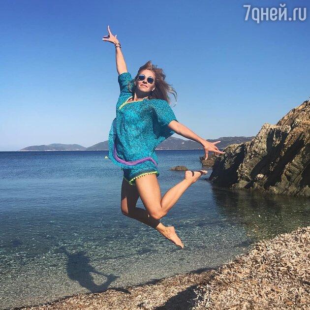 Слухи о беременности, честные фото и море позитива: Татьяна Навка отмечает день рождения