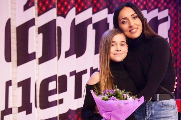 Буланова с инсультом, дочь Алсу на «Голосе», секрет Пугачевой: что происходило в мире 13 апреля