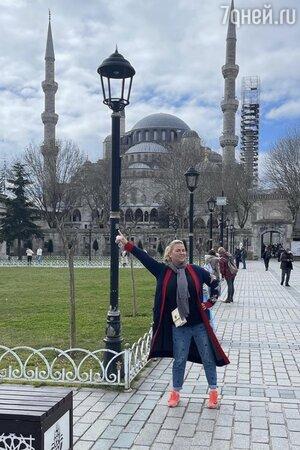 Анна Семенович покупает квартиру в Стамбуле