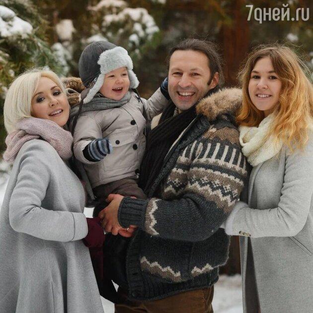 Уход из «Давай поженимся!» и жизнь по звездам: астролог Василиса Володина отмечает день рождения