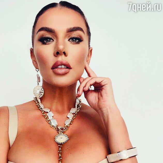 «Решила резать»: Анна Седокова перенесла операцию
