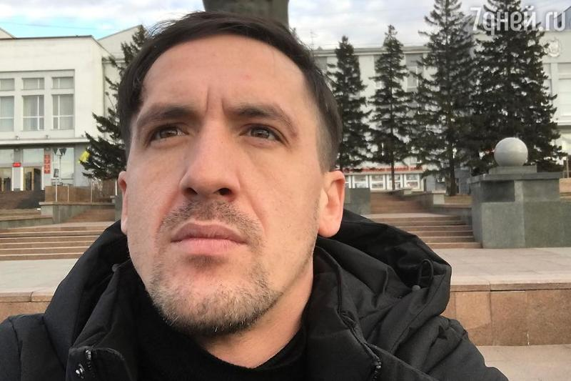 Смольянинов поведал острашном диагнозе меньшего брата
