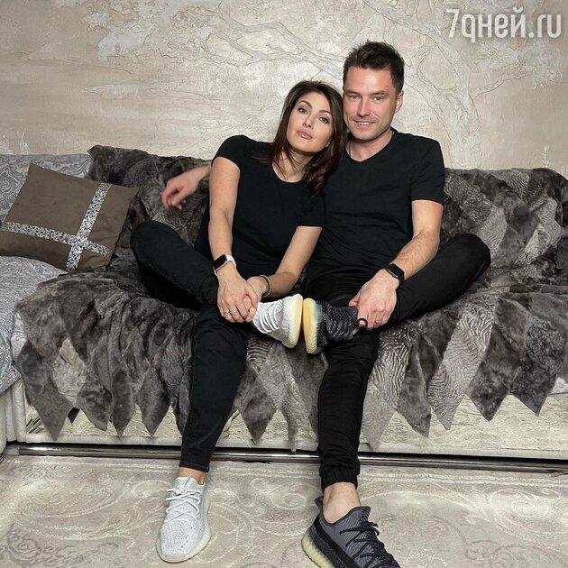«Ты уходишь на дно»: экс-супруга жениха Макеевой нанесла ответный удар