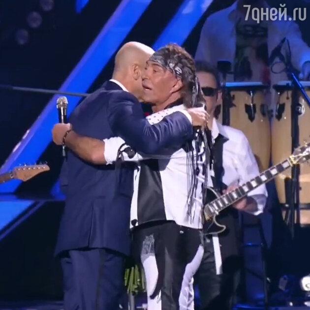 «Хотелось плакать от жалости»: Крутой рассказал о драме в жизни Леонтьева