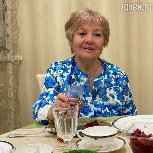 «Какая она красавица!» Кудрявцева впервые показала маму после инсульта