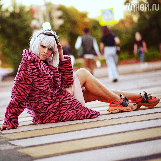 «Натуральная седина»: Тарханова сменила имидж и разочаровала поклонников