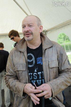Вдове – однушка, а сыну — мотоцикл: наследство Дмитрия Марьянова поделили спустя четыре года