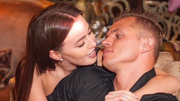 Анастасия Костенко показала, как резвится в «доме Ольги Бузовой»