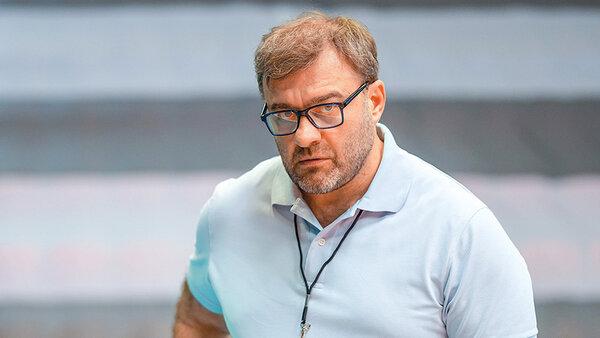 Михаил Пореченков возглавил женский клуб