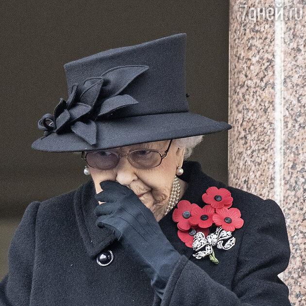 Елизавета II прервала молчание после похорон своего супруга