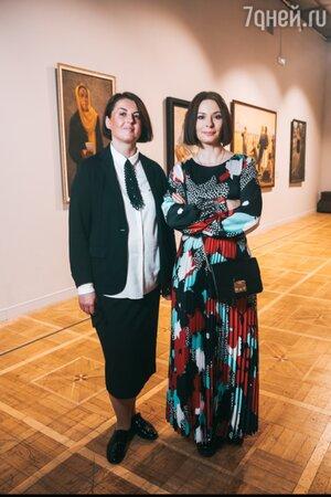 «Как она одинока!» Удивительный портрет Кристины Орбакайте выставлен на Крымском Валу
