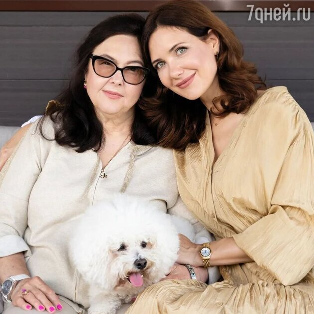 «Моя львица!»: Климова показала помолодевшую маму в ее день рождения
