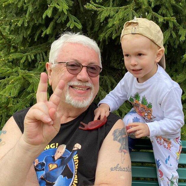 Российские звезды с татуировками, которых вы не могли заподозрить