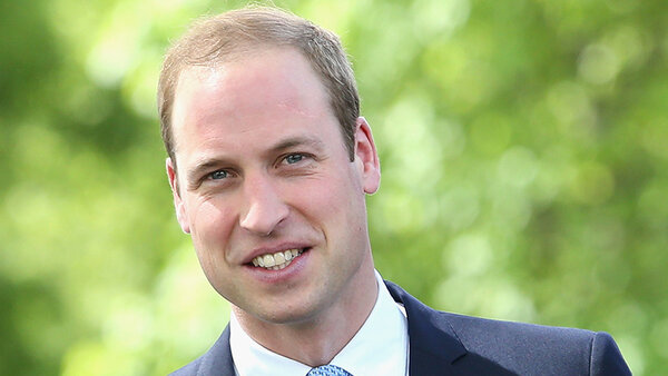 Принц Уильям пообещал научить сына пользоваться телефоном