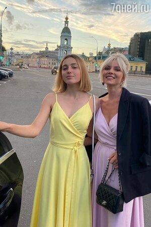 Ариандна Волочкова с Еленой Николаевой