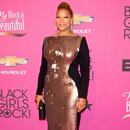 Куин Латифа на церемонии BET Black Girls Rock в 2013 году
